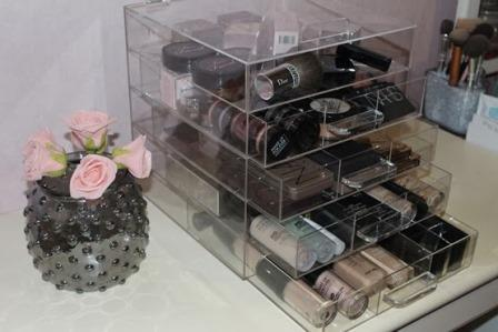 Clear Cube op Lipsticknews.nl